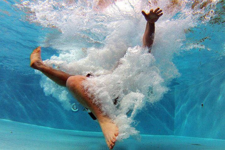 Angst vor Schwimmbecken und Ertrinken ist nicht selten